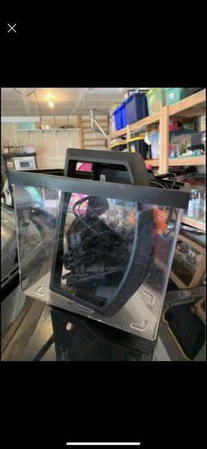 Fish tank for Sale in Arlington, WA