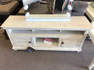 Tv stand on sale @ elegant furniture 🎈🛋🛏 for Sale in Fresno, CA