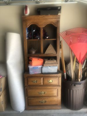 Dresser / hutch for Sale in Bakersfield, CA