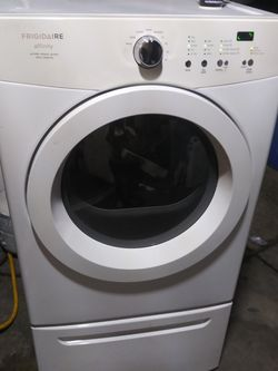 Frigidaire Washer And Dryer Set for Sale in South Gate,  CA
