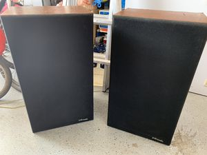 Audiophile speakers Polk Audio Model 10 A,hard to find this model and in very good condition,plan to move can not keep anymore. for Sale in Peoria, AZ
