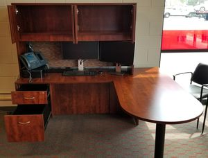 Office Desk with optional work hutch x 3 for Sale in Barrington, IL