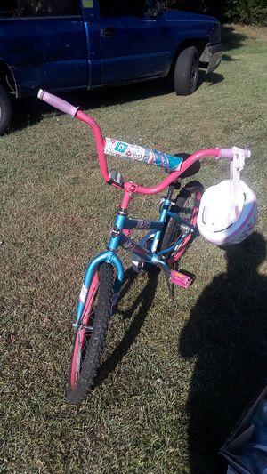 Girls 20 inch bike for Sale in College Park, GA