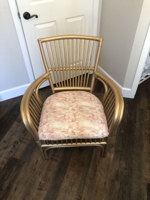 Refurbished Chair for Sale in Chandler, AZ