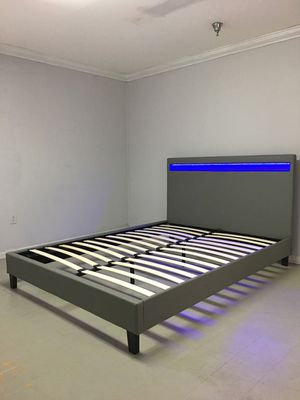 Cama con luces LED... LED Bed Frame for Sale in Hialeah, FL