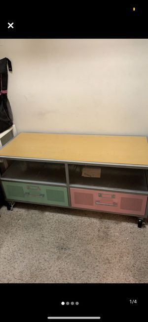 Metal coffee table and side table for Sale in Pace, FL