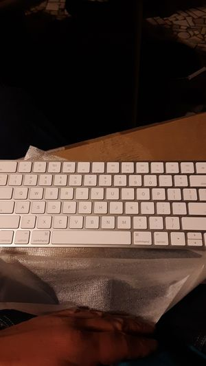 Apple keyboard for Sale in Panama City, FL