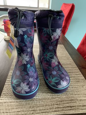 Girls rain boots new for Sale in Fairfield, CA