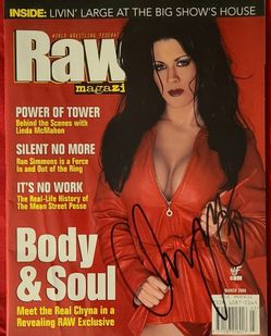 """Legendary Wrestler Chyna Signed This In Person Autographed Copy Of """"Raw"""" Magazine At The WWF Booth--Cool Pictures & Good Articles Too! for Sale in West Hollywood, CA"""