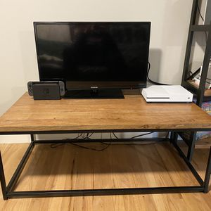 Coffee Table / TV Stand for Sale in Seattle, WA