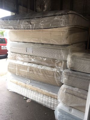 King size mattress bed sets $250 for Sale in Portland, OR