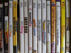 Wii and ps2 game lot for Sale in Broxton, GA