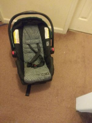 Baby car seat for Sale in Thomasville, NC