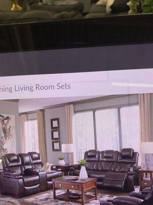 Power Reclining Sofa and Power Reclining Love Seat ( Head rest moves separately) ON SALE for Sale in Federal Way, WA