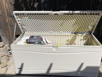 "60""Lx24""Wx26""H Hard Plastic Garden Storage Bin for Sale in San Jose,  CA"