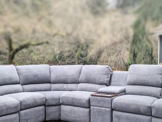 Sectional Recliner Couch for Sale in Monroe,  WA