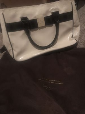 Kate spade purse for Sale in Cleveland, OH
