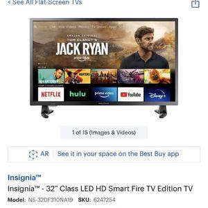 """Insignia 32"""" Smart Tv for Sale in Chicago, IL"""