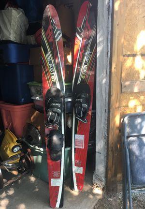 Helix Blast 67 Water skis for Sale in Bridgeport, TX