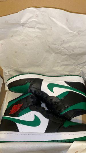 Jordan 1 Mid/Green Toe for Sale in Longview, TX