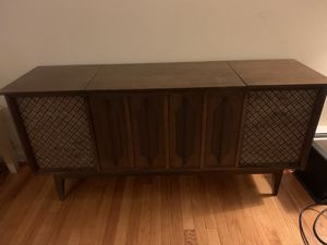 Record Player Console Cabinet for Sale in Chicago, IL