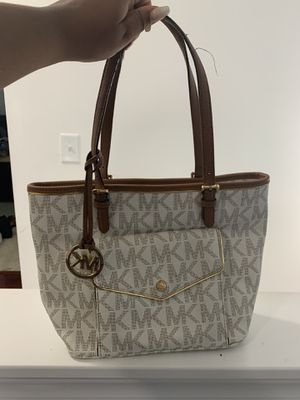 Michael Kors purse 60 dollars for Sale in Knightdale, NC