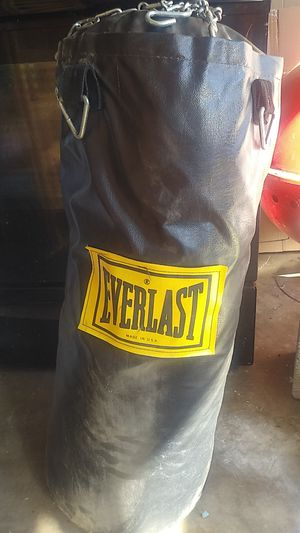 Punching bag for Sale in Carrollton, TX