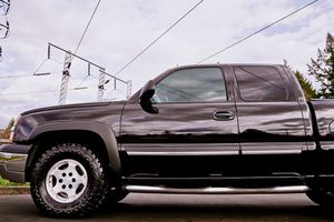 4x4 Chevy Silverado z71 Black for Sale in Virginia Beach, VA
