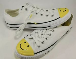 Converse chuck Taylor low Smiley Face for Sale in Concord, CA