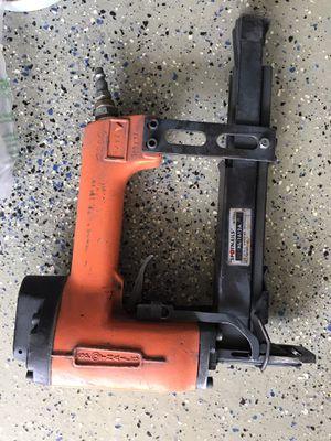"Spot-nails HL-1612A Pneumatic1"" Staple Gun. for Sale in Glenview, IL"