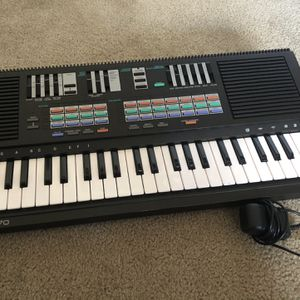 yamaha portasound pss-470 (with Power Cord) for Sale in San Jose, CA