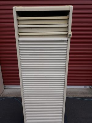 Tools with locking cabinet for Sale in Enumclaw, WA