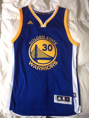 WARRIORS JERSEY STEPH CURRY - MENS/SM for Sale in Salt Lake City, UT