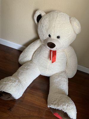 Big teddy bear for Sale in Tracy, CA