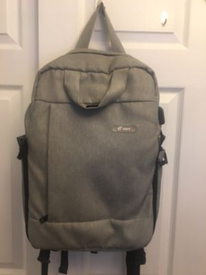 School bag traveling bag camera bag with charger for Sale in Queens, NY