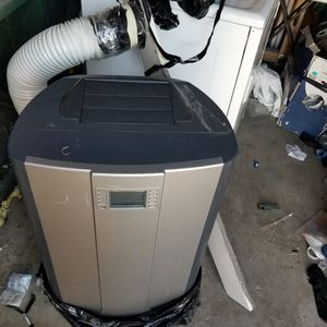 Portable air conditioner 60 obo for Sale in San Diego, CA