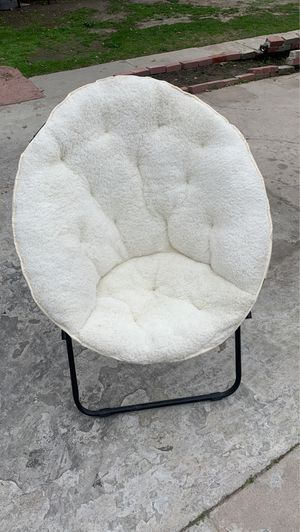 Teddy Saucer Chair for Sale in Los Angeles, CA