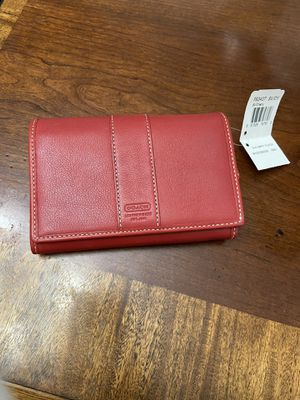 Coach red wallet new for Sale in Puyallup, WA