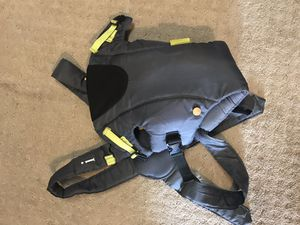 Infantino baby carrier for Sale in McDonald, PA