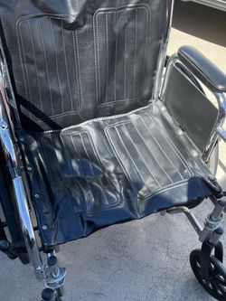 Wheelchair for Sale in Cape Coral,  FL