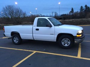 2000 Chevy Silverado 2wd for Sale in Tualatin, OR