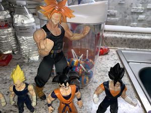 Dragon ball Z Saiyan figures for Sale in Groesbeck, OH