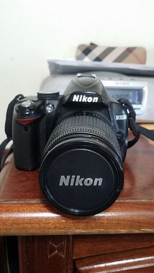 Nikon D3000 with 18-55 mm lense + Battery for Sale in San Diego, CA
