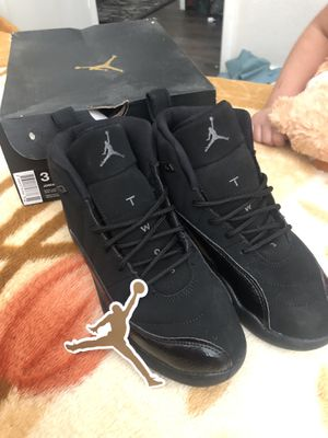 Jordan 12 retro size 3Y for Sale in Las Vegas, NV