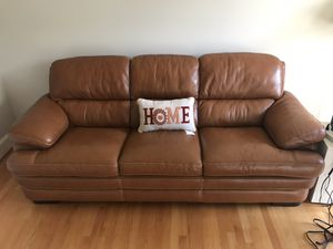 Brown Leather Sofa for Sale in Woodbridge, VA