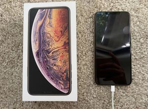 iPhone XS Max Gold 64G price is not negotiable for Sale in Smyrna, GA