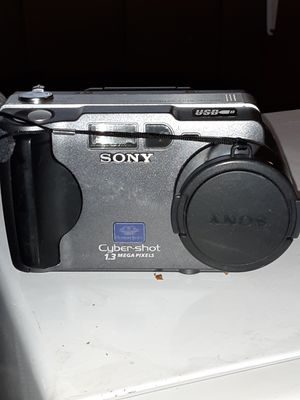 Sony Cyber Shot Digital Still Camera DSC-S30 for Sale in Ranburne, AL