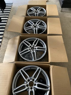 2018 MERCEDES 19' AMG WHEELS for Sale in Los Angeles, CA