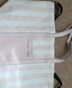New victorias secret tote Beach bag with tags for Sale in Lyman,  SC