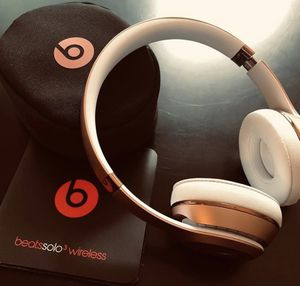 rose gold beats wireless headphones for Sale in Fort Washington, MD